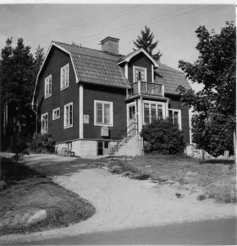 Söderhamns postområde. Mokorset posstation, exteriör.