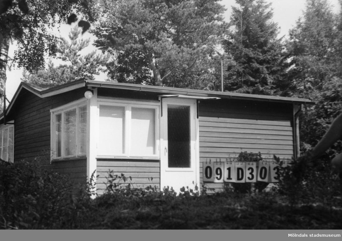Byggnadsinventering i Lindome 1968. Ranered 15:3. Hus nr: 091D3032. Benämning: fritidshus. Kvalitet: mycket god. Material: trä. Tillfartsväg: framkomlig.