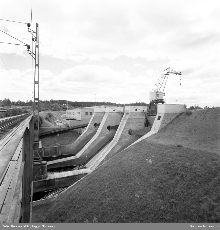 Broarna och kraftverket i Bergeforsen.