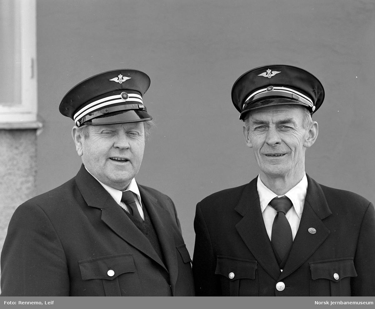 Portrettbilde av lokomotivførerne Knut Haavik og Paul O. Pedersen