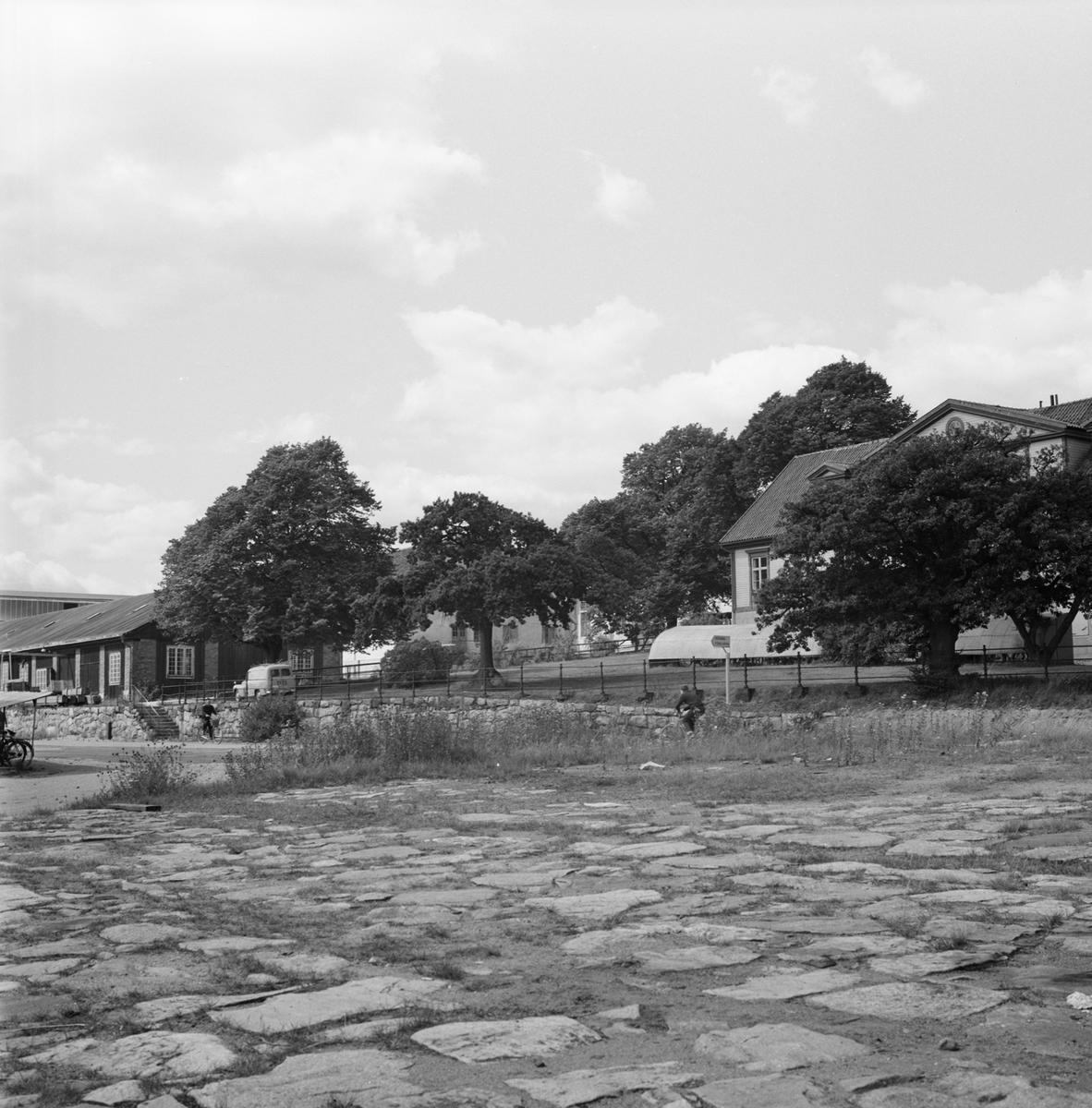 Övrigt: Fotodatum 5/8 1964 Byggnader och Kranar BD byggnader å varvet exteriör