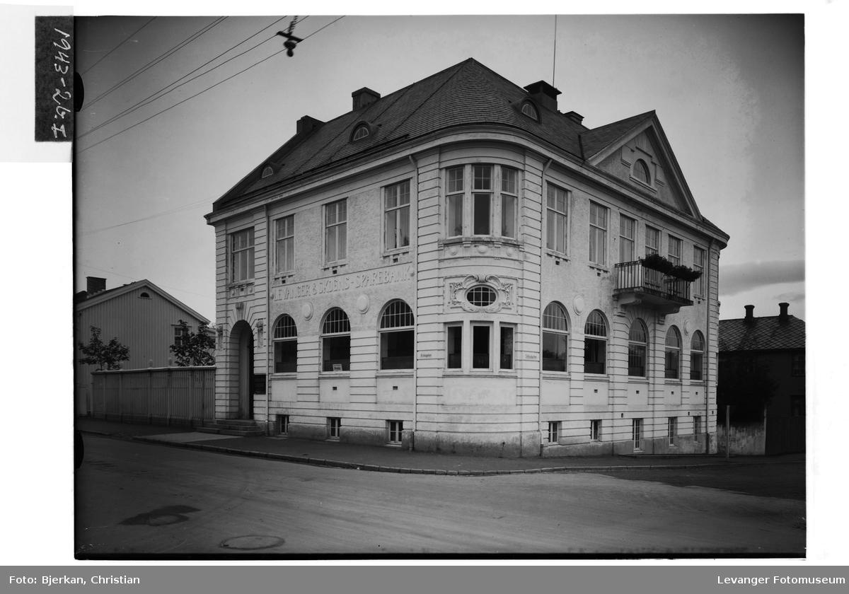 Levanger og Skogns Sparebank, 100 årsjubileum II