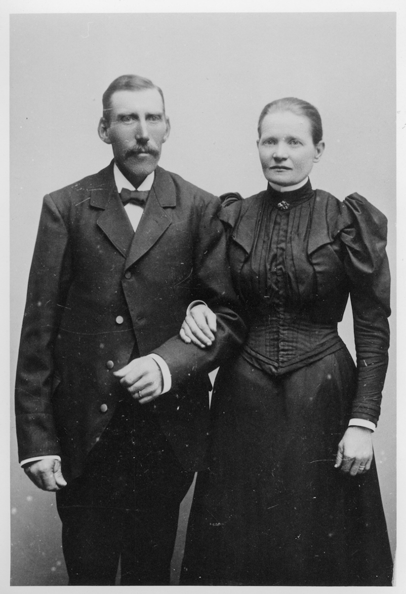 Gestad,  Johan och Anna-Lisa Aronsson.