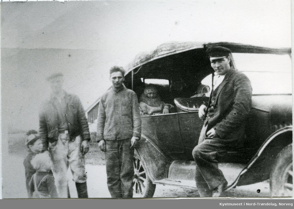 Leka, den første drosjen - taxien i bygda