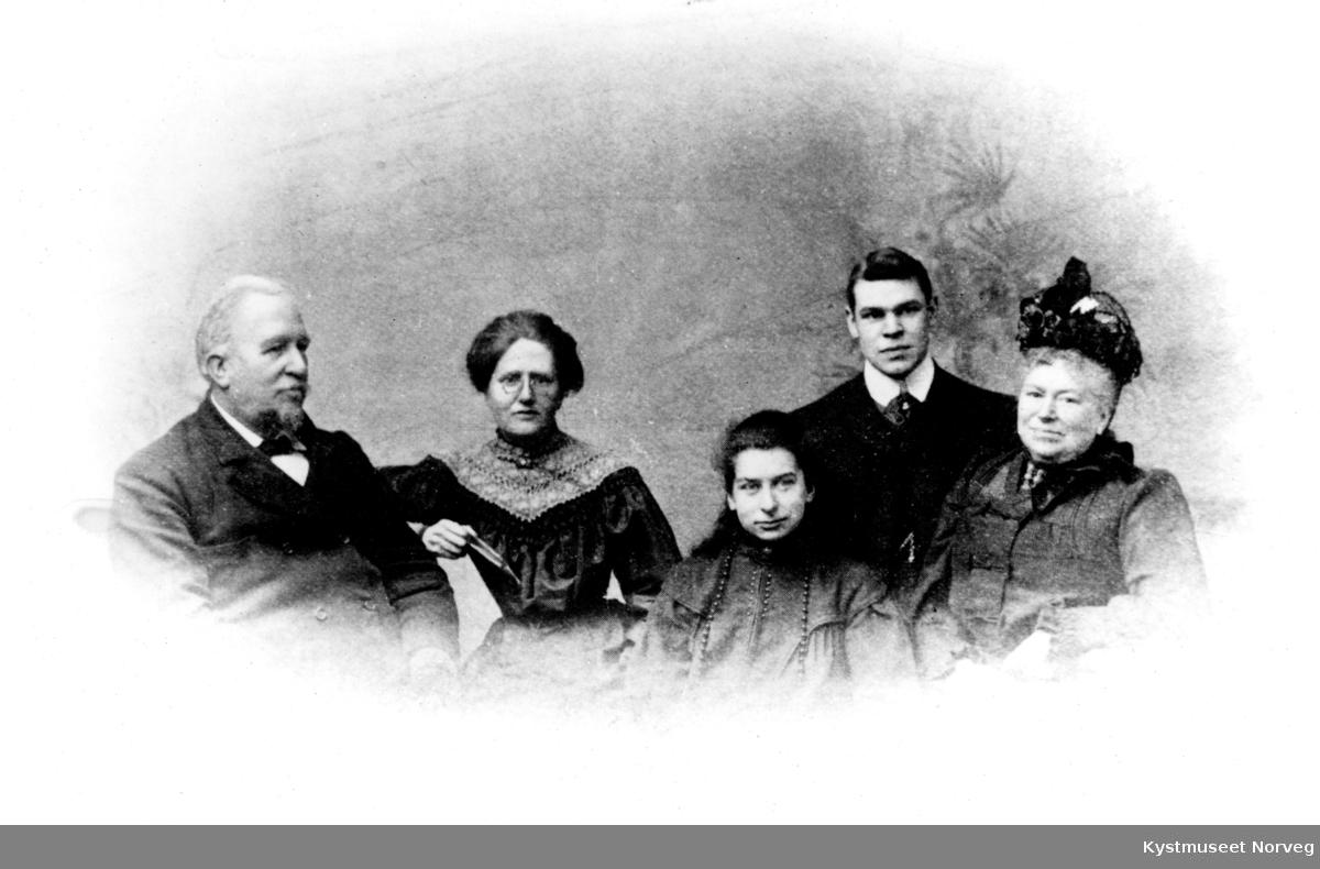 Joseph I. Armstead med familie