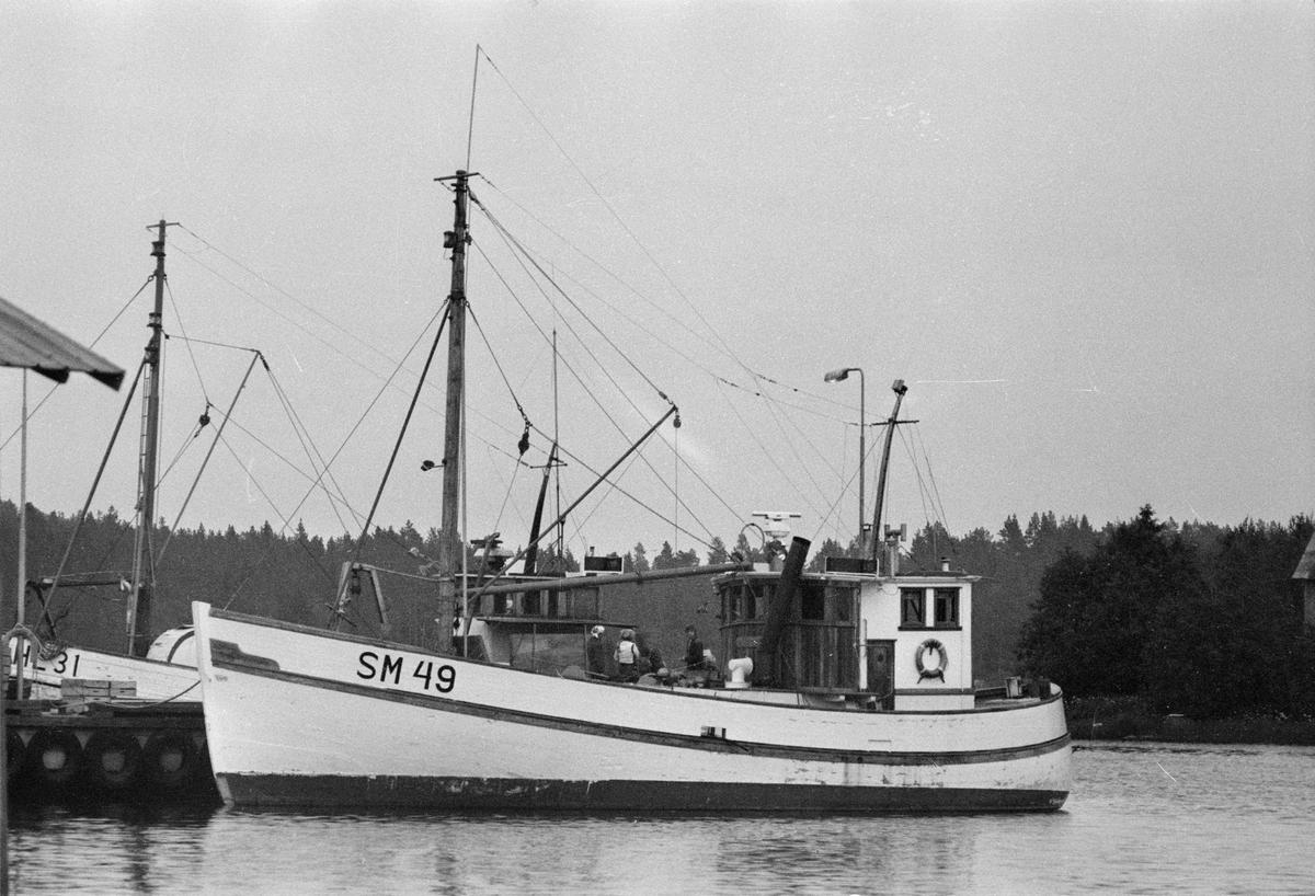 Fartyg: SM 49                           Övrigt: Stockholmsbåtar Närmast identiska bilder:Fo186145-01AF,Fo186145-02AF,ej inskannade