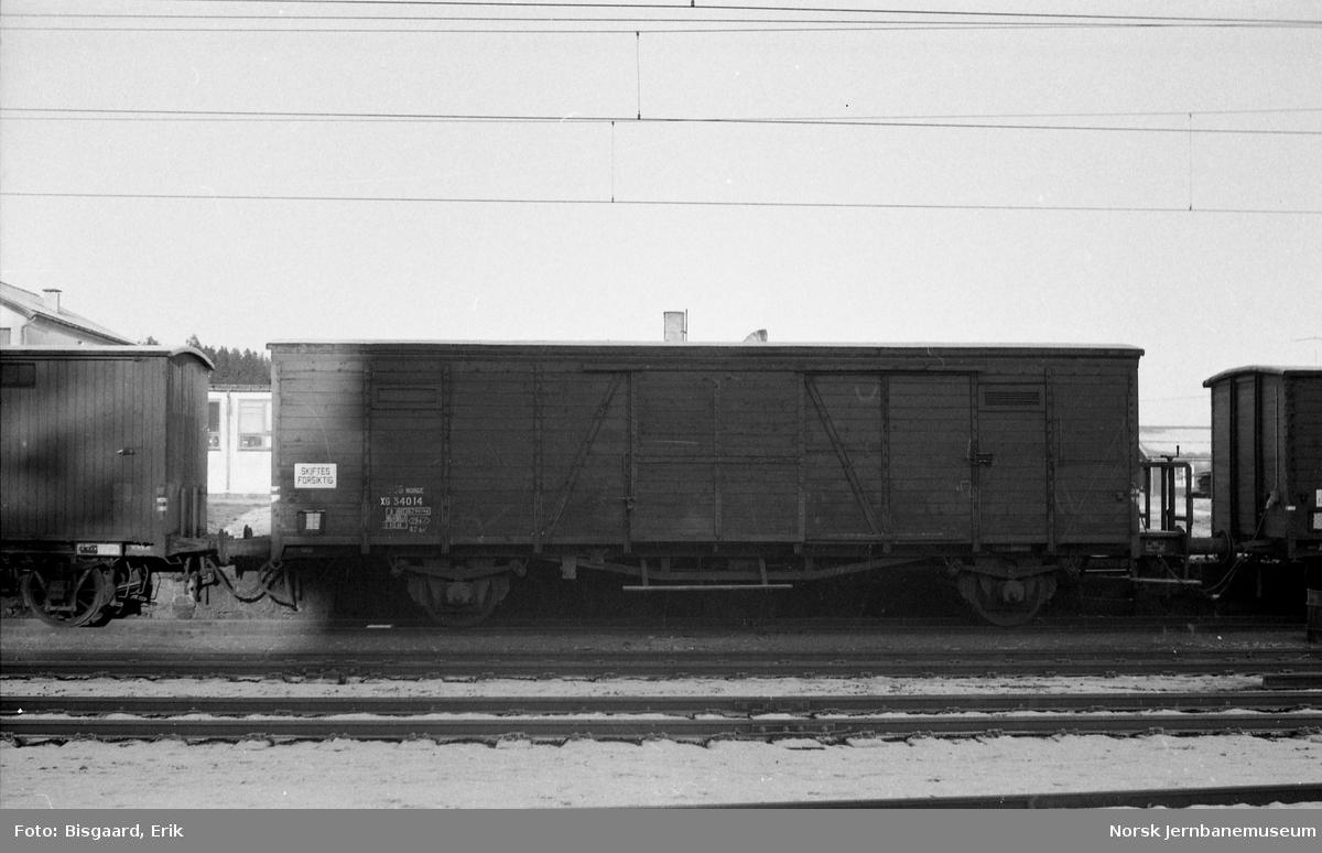 Godsvogn litra XG nr. 34014 på Tomter stasjon