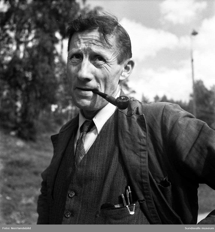 Ragnar Elfström, övermaskinist vid Viforsen i 19 år. Porträttbild.