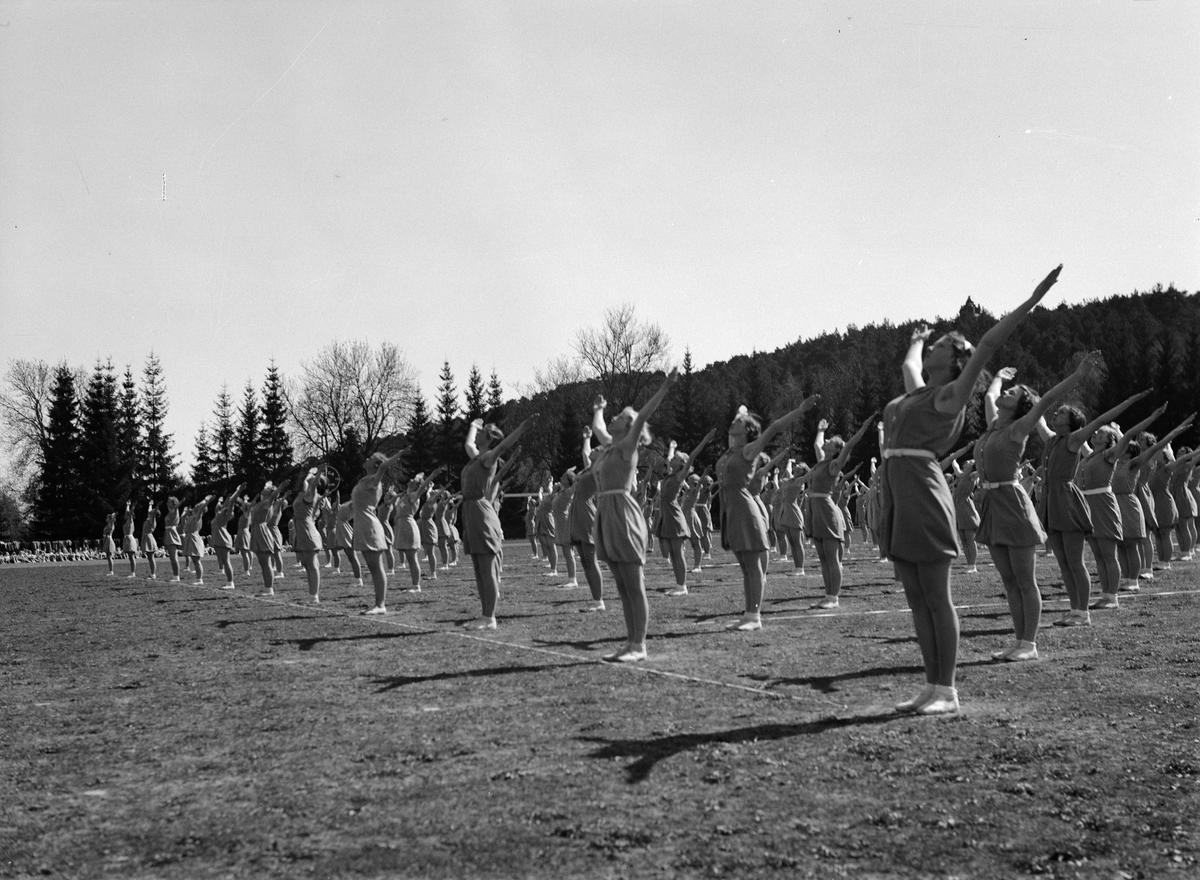 Gymnastikuppvisning på Studenternas Idrottsplats