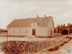 Huset p Enkpings-Ns Hjulsta 15A i Enkping slt igen