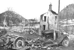 Namsos sentrum etter bombingen 20.4.1940