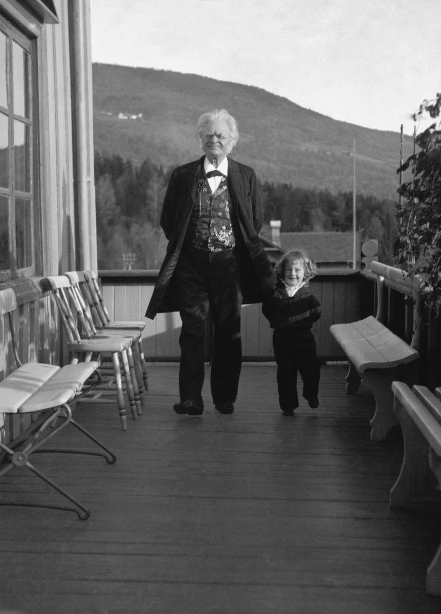 Bjørnson, barnebarn, Aulestad, veranda, spasertur,