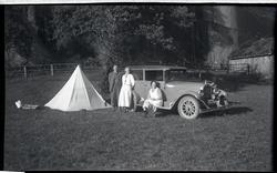 Tur til Sørlandet 1935. Leir i Lyngdal.