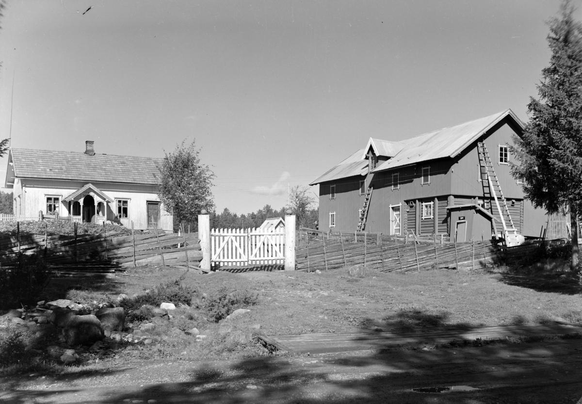 Løten Almenning. Gardsbruk, Kongletorp nordre i Nordbygda. Opprinnelig skogvokterbolig for Løiten Almenning. Hadde telefon nokså tidlig som ble brukt av naboene også.