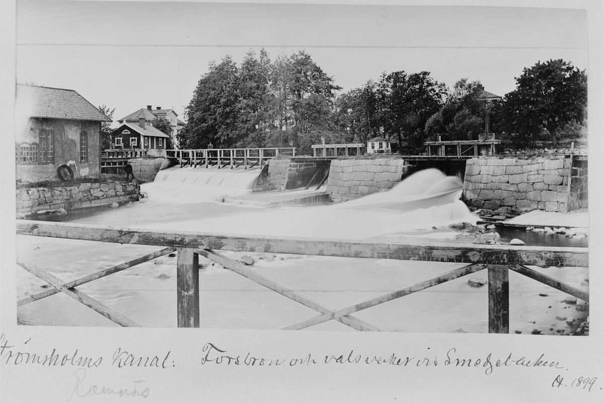 Strömsholms kanal: Forsbron och valsverket vid Ramnäs bruk.  Bild från tidskriften Hemmets bildmaterial.
