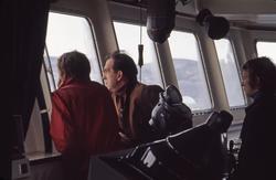 Kapteinen og styrmmenn på broen på M/S 'Vikara' (b.1973, Mit