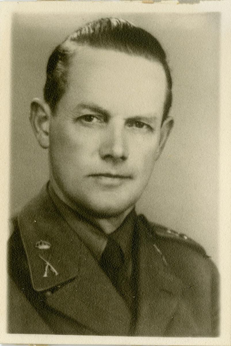 Porträtt av Sven Erik Beckman, officer vid Hälsinge regemente I 14.