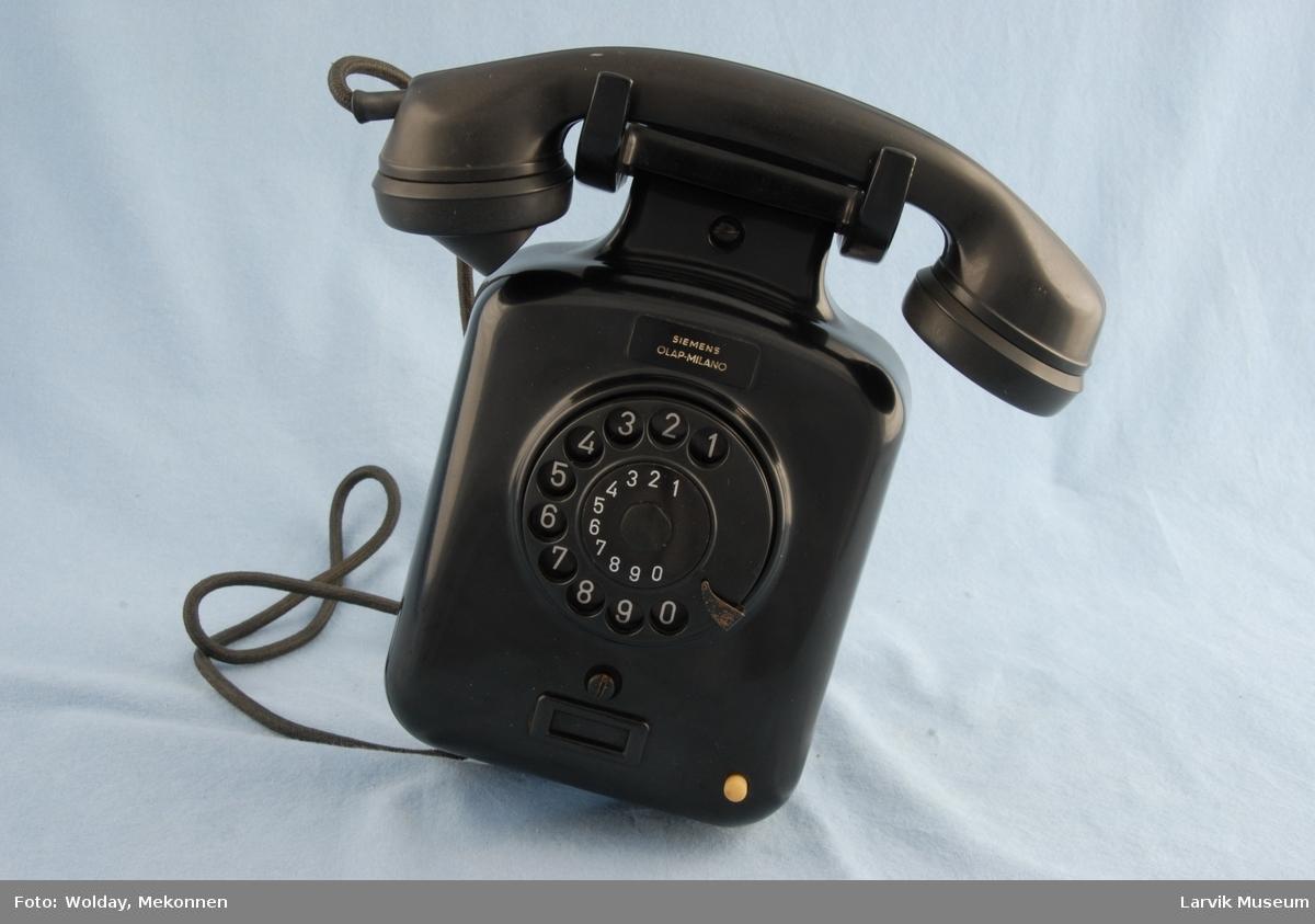 Form: Telefon nfor veggmotasje m/høy gaffel for telefonrør Automat