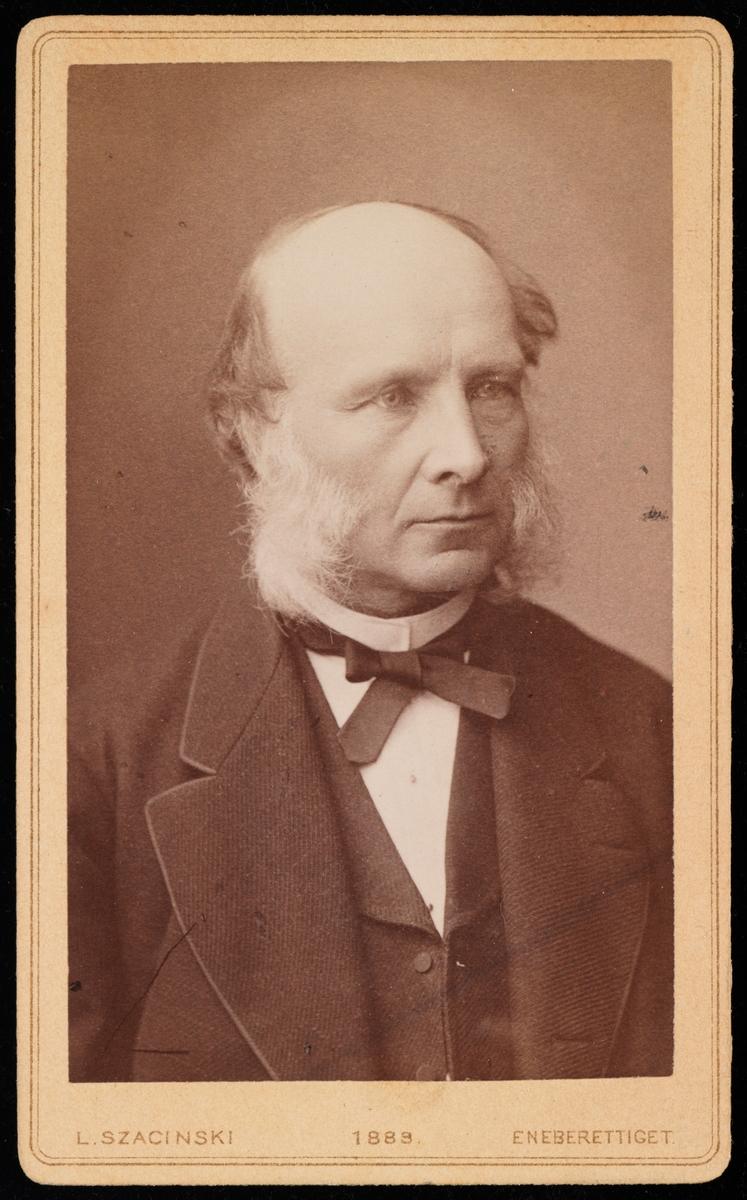 Portrett av skolebestyrer Johan Carl Keyser.