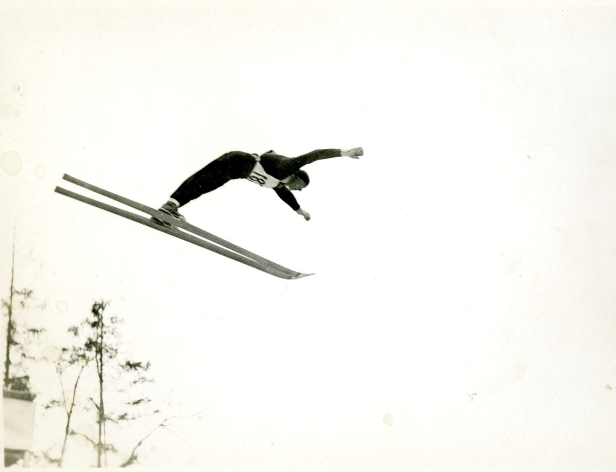 Kongsberg skier Birger Ruud in action