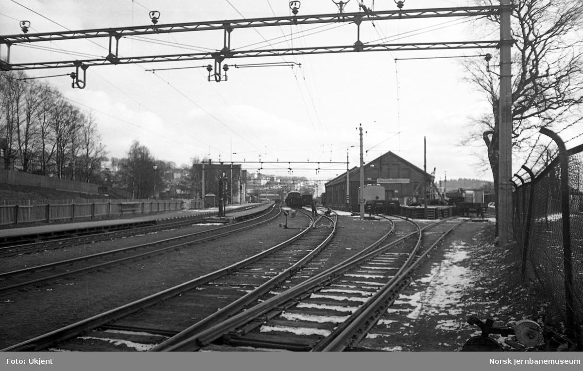 Moss stasjon, godshus