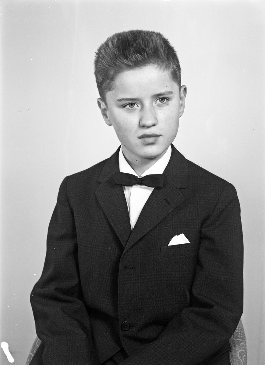 Portrett av en ung mann - bestiller Svein Hansen