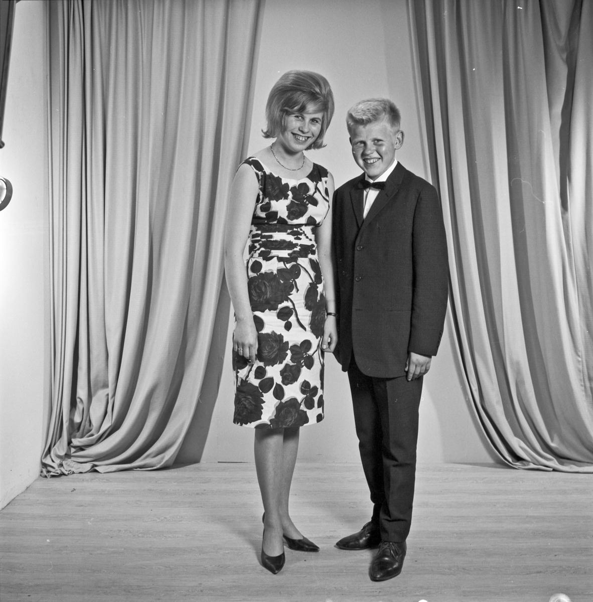 Portrett ung kvinne og ung mann - bestiller Eldrid Jensen