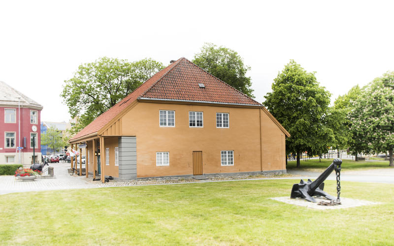 Krigsseilerplassen (Foto/Photo)