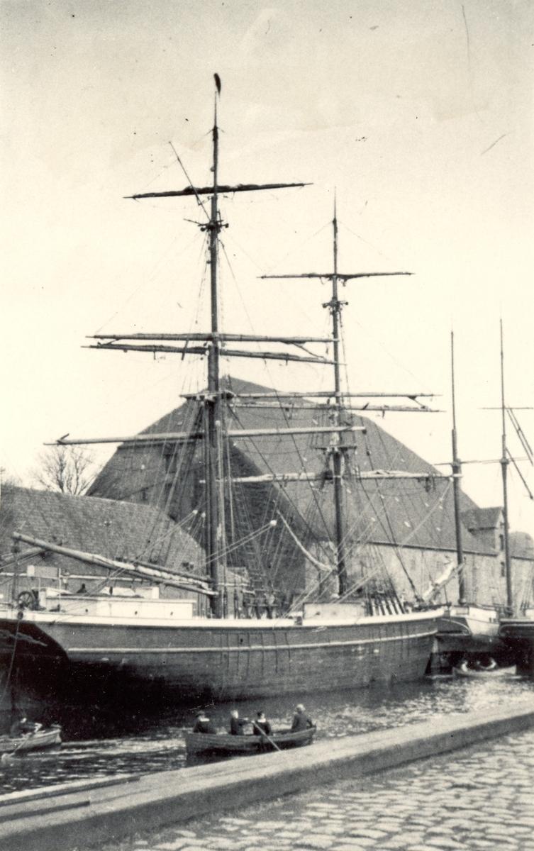 F Holm - Petersens sejlskibssamling, Troense, Danmark.