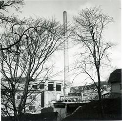 Papyrus fabriksområde,  Gamla skorstenen 21/4 1949.