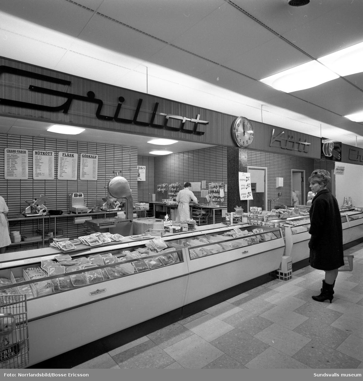 SMC-butiken vid Kyrkogatan, interiörbilder. (Sundsvalls Mjölkcentral)