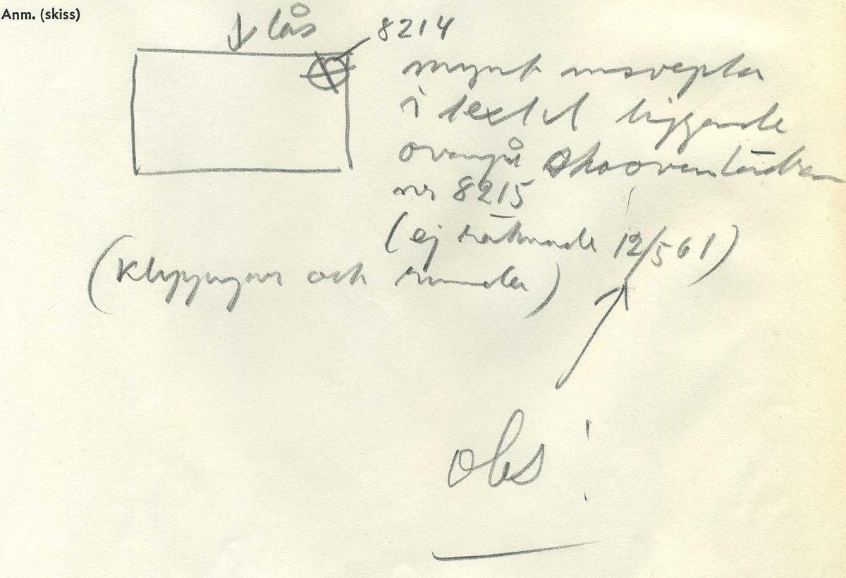 ½ öre, runt mynt. Åtsidan: mitt på myntet syns det svenska riksvapnet. Omskriften - på latin - med Gustav Adolfs titlar, är delvis läslig. Frånsidan: en grip i vänsterprofil. Till vänster om gripen valören ½, svagt synlig. Till höger versalerna ÖR. Omskriften - på latin - är delvis läslig. Präglingsåret - i romerska siffror - är 1627. Ocentrerad prägling. Nuvarande skick: bägge sidor något slitna. Vikt: 12,9 gram.  Text in English: Round coin. Denomination: 1 öre. The obverse side has the Swedish coat-of-arms in the centre. The legend - in latin - has the regent titles of Gustav Adolf and is faintly legible. The coin stamp is off-centre. The reverse shows a griffin in left profile. On the left-hand side is the fraction ½ faintly visible. To the right is the initials ÖR. The legend is in latin and the year of coinage - 1627 - is partly visible. Present condition: both sides are slightly worn. Weight: 12,9 gram.
