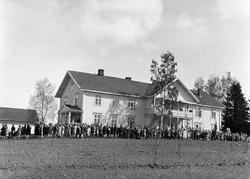 17.mai-opptog ca. 1930, Lena, Østre Toten. Samling ved Østre