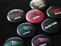 Buttons (Foto/Photo)