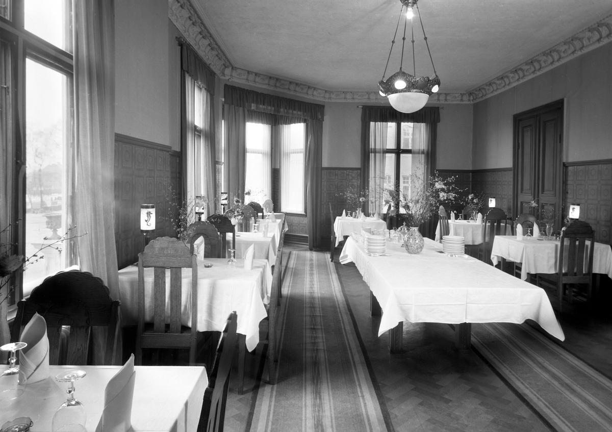 Centralhotellets matsal på en bild från 1934. Huset där hotellet låg byggdes 1895 och revs i mitten på 1980-talet.