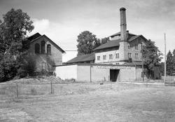 Färjestads bryggeri på en bild från 1951. Bryggeriet låg län