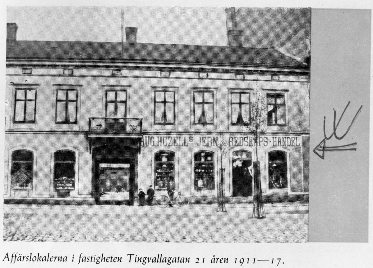 Aug  Huzells AB affärsbyggnad Tingvallagatan 21 År 1911-1917.