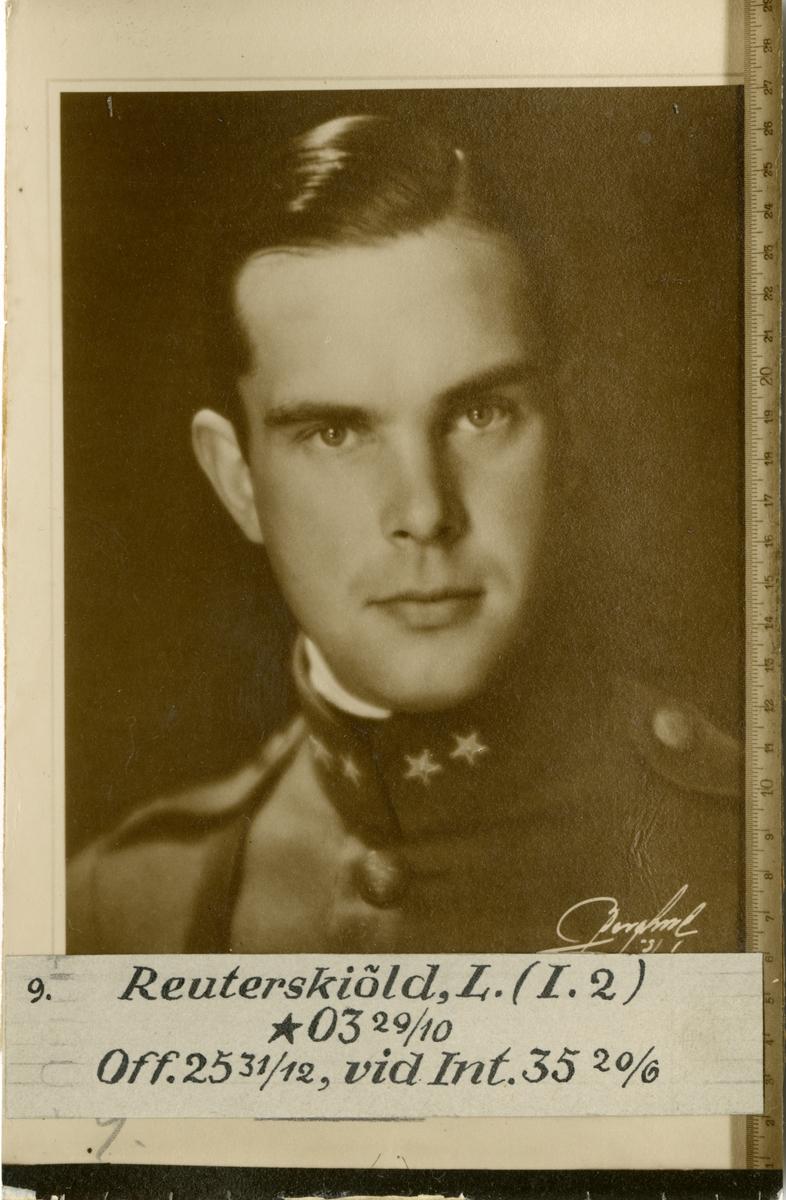 Porträtt av Lennart Reuterskiöld, officer vid Göta livgarde I 2 och Intendenturkåren.