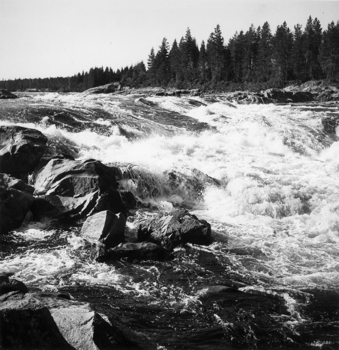 Laforsen mellan Färila och Kårböle.
