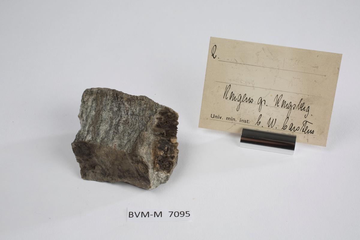 Etikett i eske: 2.  Kongens gr. Kongsberg C.W. Carstens
