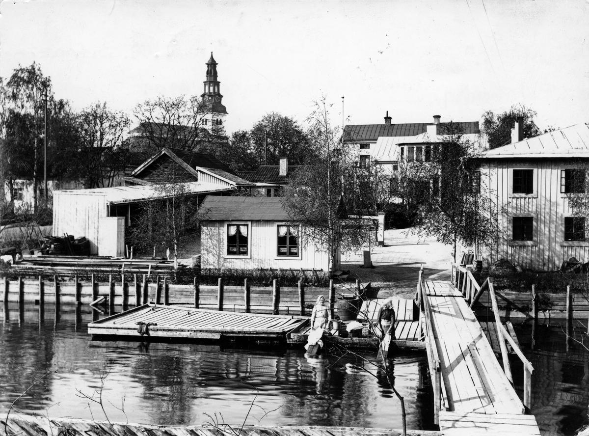 Gångbron vid Stylanders brygga, 1901.