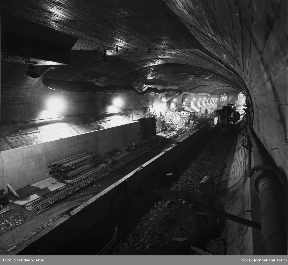 Oslotunnelen : Anleggsarbeider i tunnelen