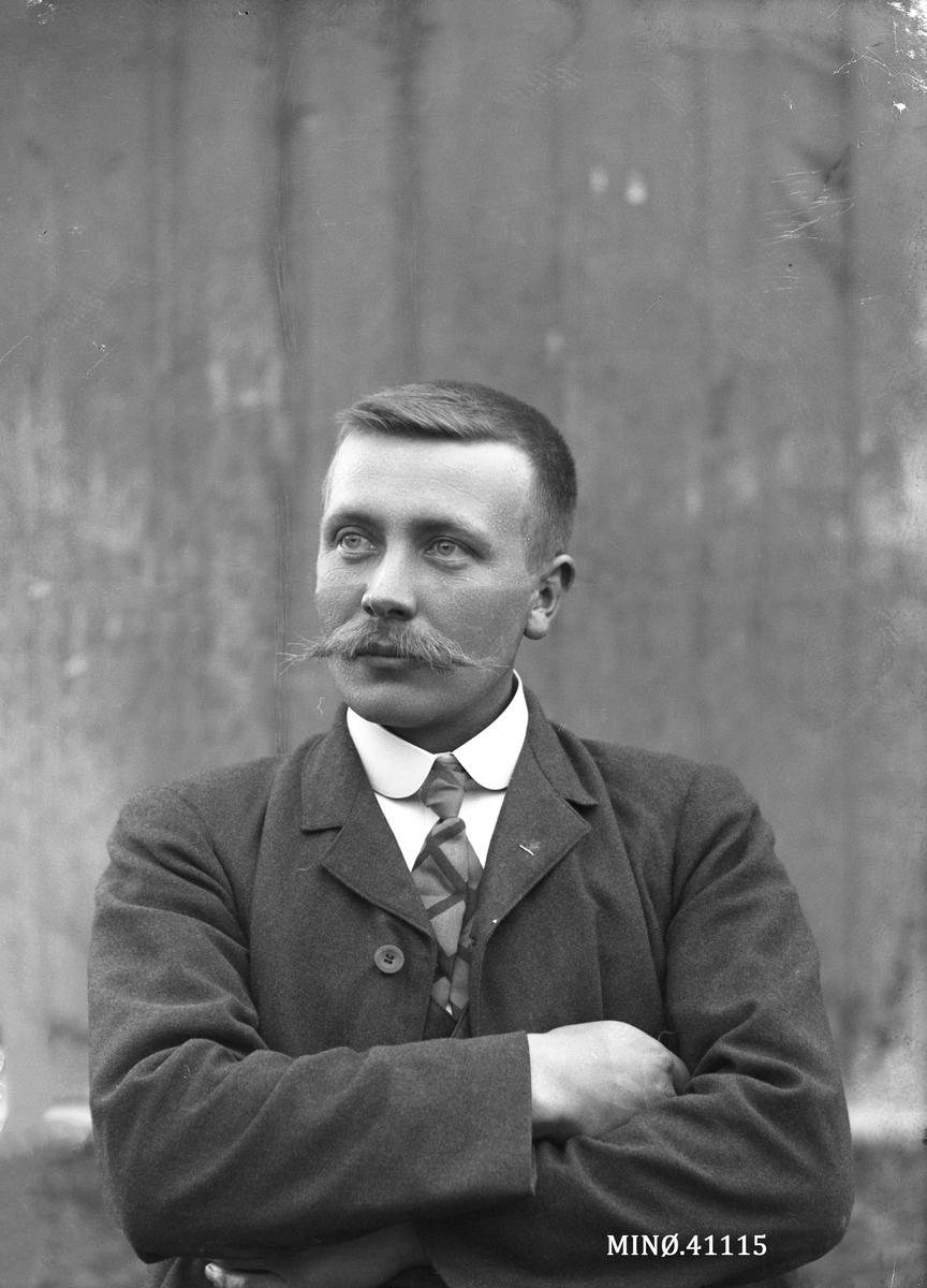 Portrett av mann - A.G. Kaasen