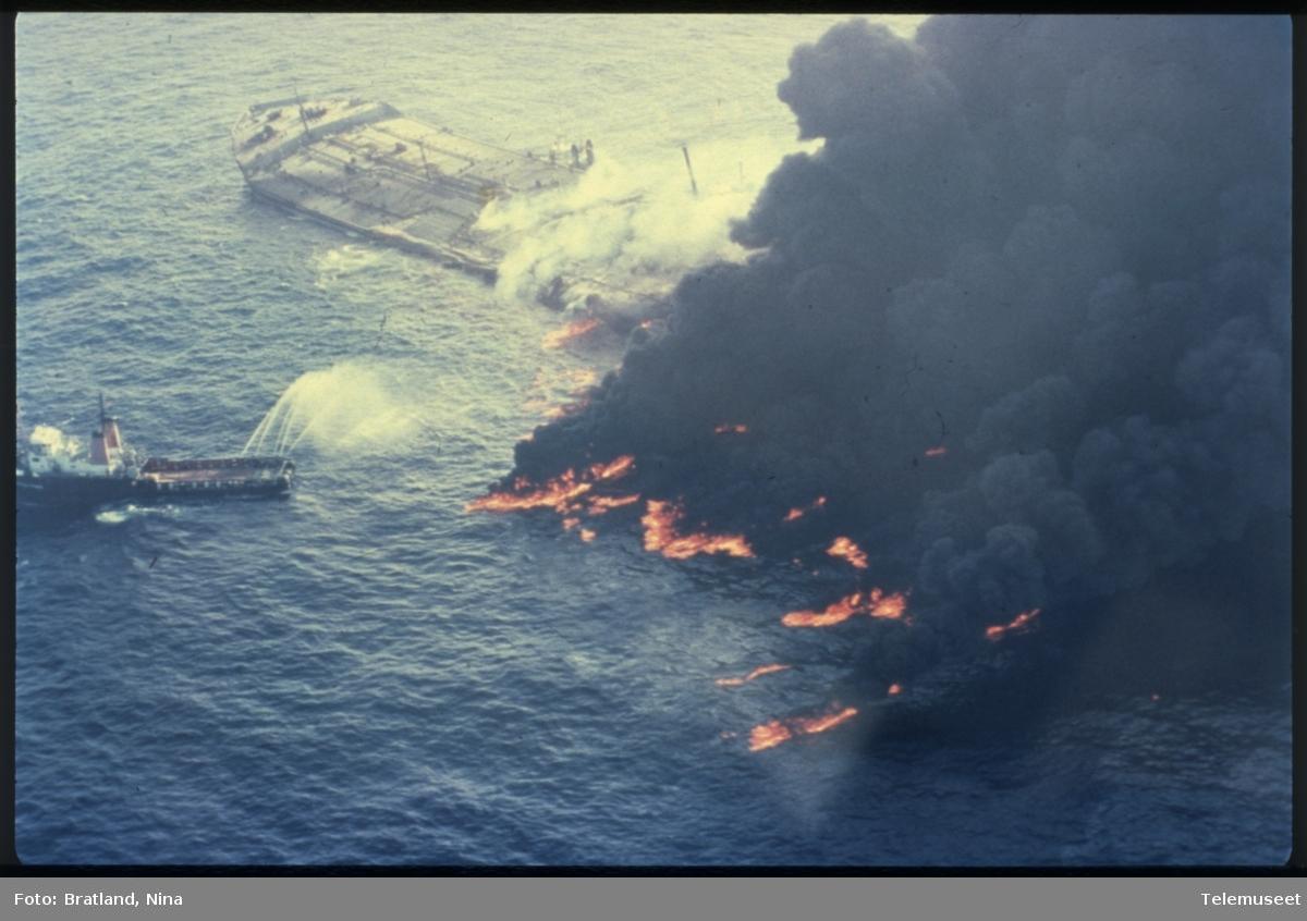 Skip oljelekkasje brann Norsk Data