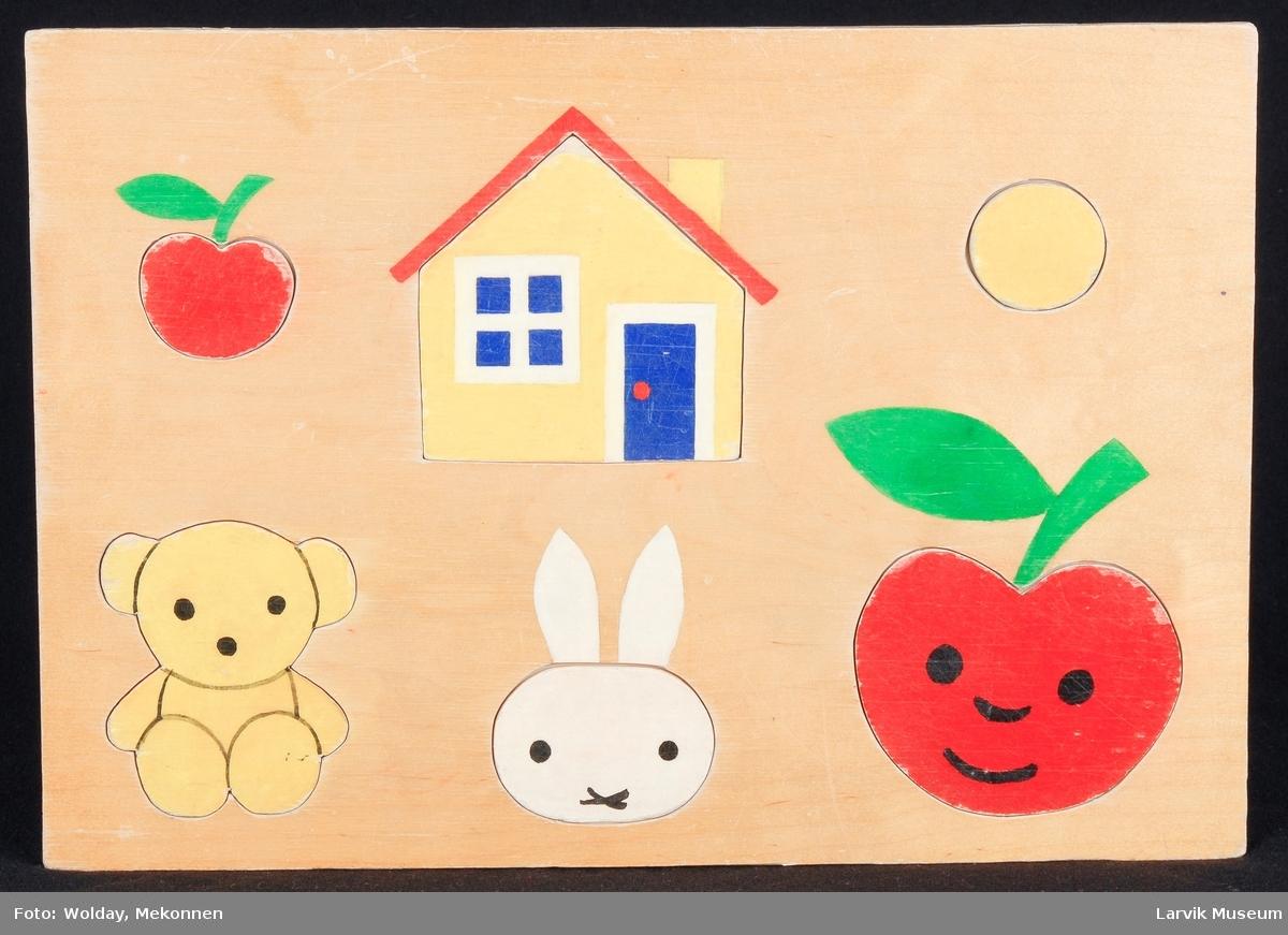 hus, bamse, kanin, 2 epler, sirkel.