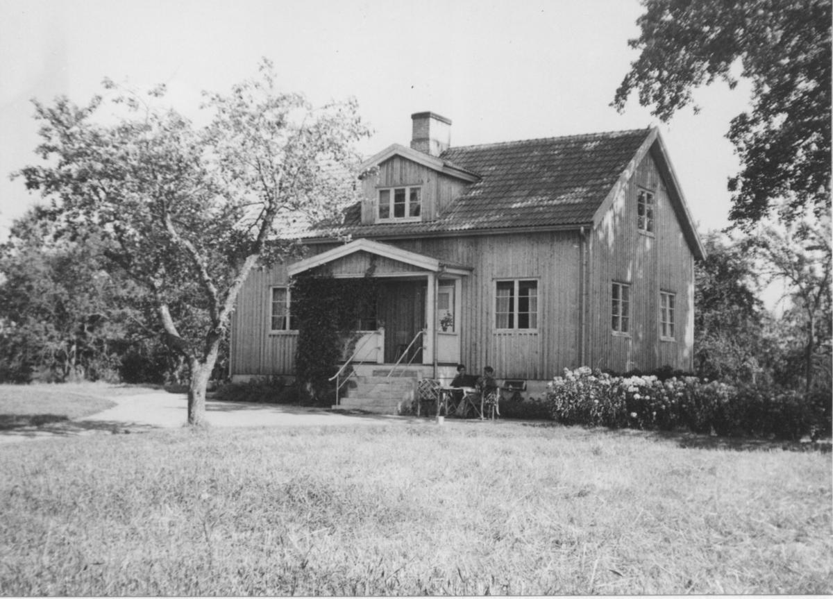 Den nuvarande manbyggnaden uppförd 1942.