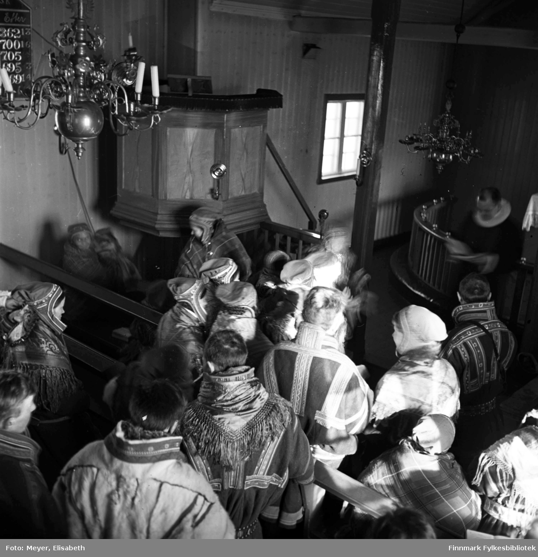 Kirkelig handling fotografert i Kautokeino kirke( 1701-1944) Bildet er tatt  rundt 1939-40.