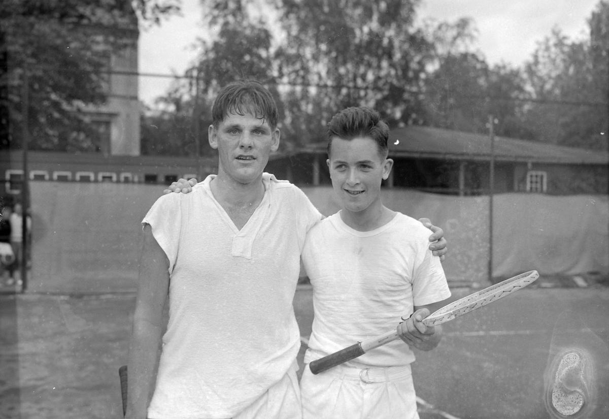 Tennisstevne på Tennisbanen, Sommerro på Øya