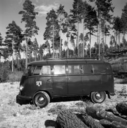Olika bilar fotograferade för Bil & Buss. Folkvagnsbuss, Bub