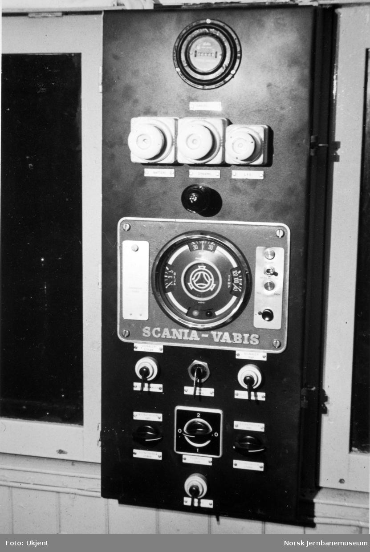 Skiftetraktor type Skd 206, instrumentpanel